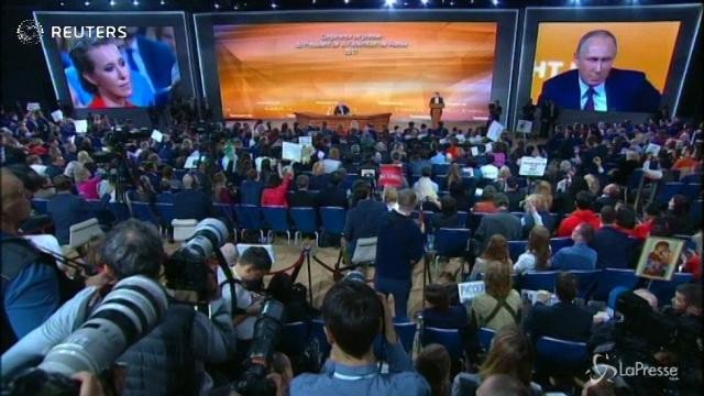 Russia, scintille tra la giornalista e Putin