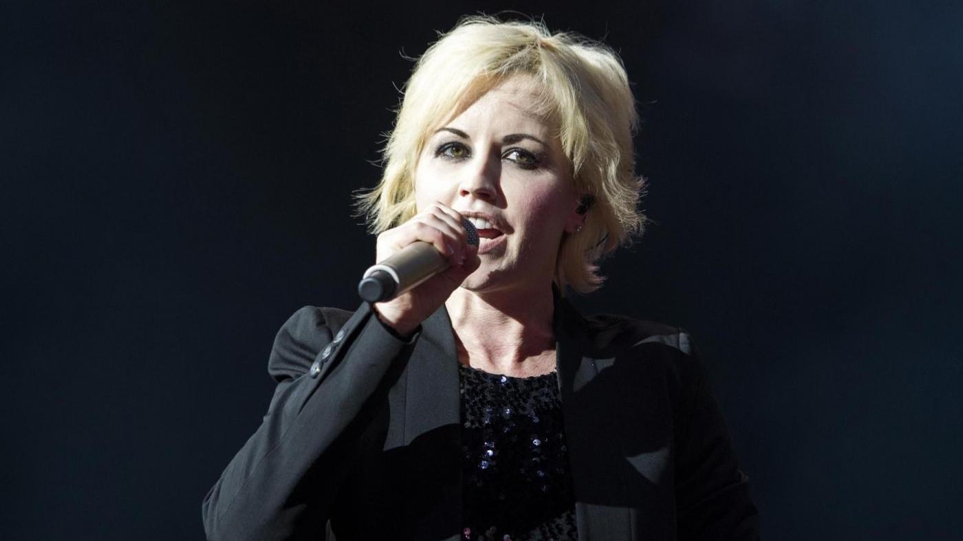 Dolores O'Riordan muore a 46 anni: era la cantante dei Cranberries
