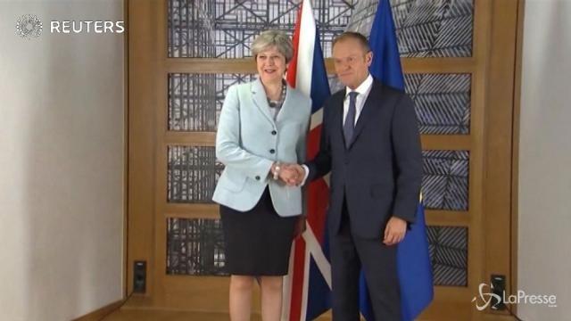 Brexit, via libera alla fase 2