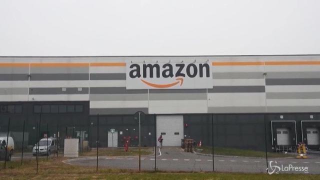 Stretta di mano tra Amazon e il fisco italiano: ecco l'accordo