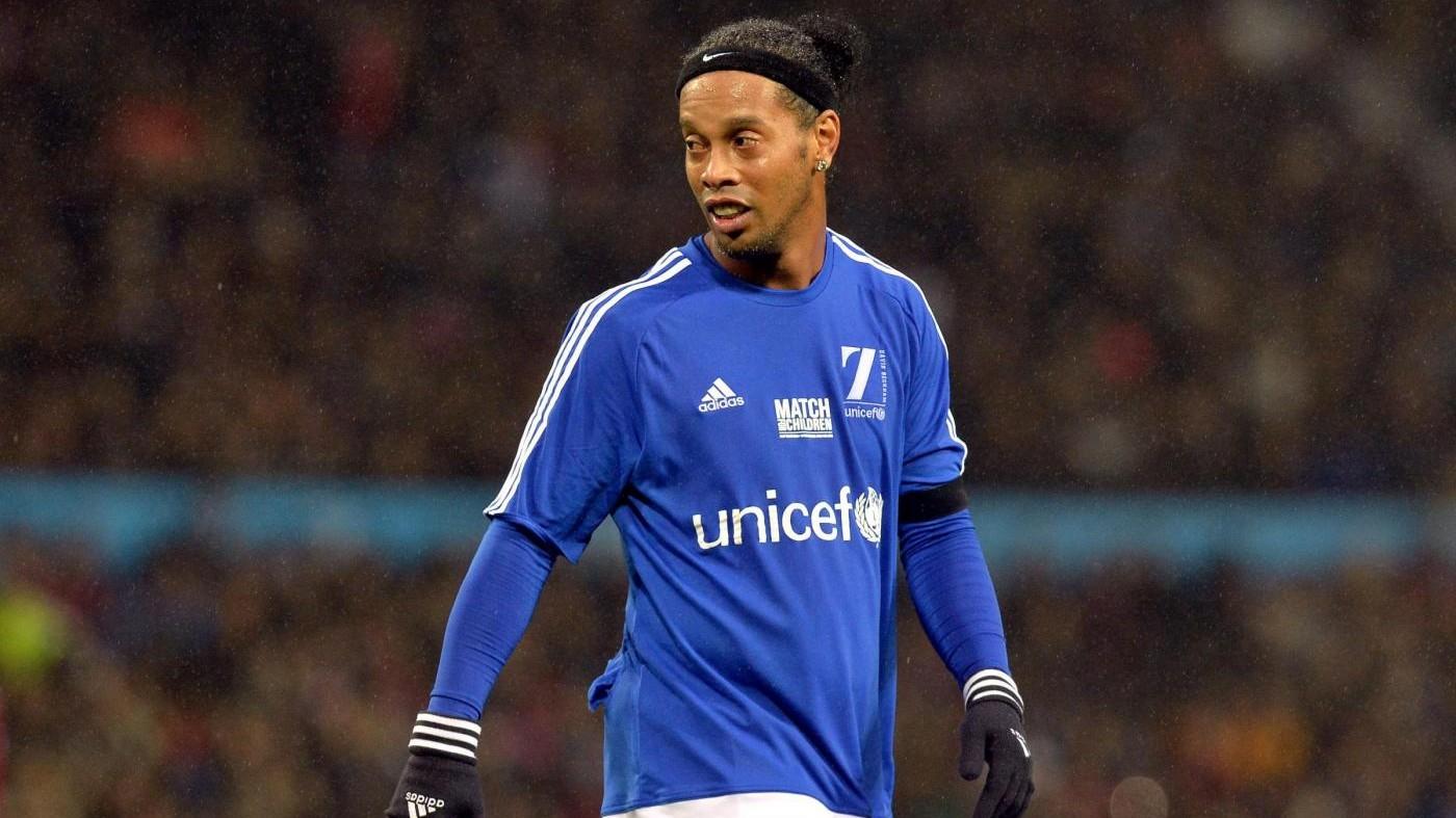 Si ritira Ronaldinho, Pallone d'oro del 2005. Tre stagioni nel Milan