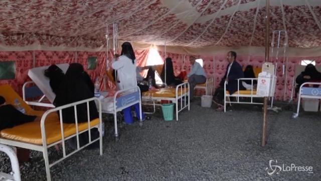 """Yemen, catastrofe umanitaria. Oxfam: """"Il Paese è a un passo dalla carestia"""""""