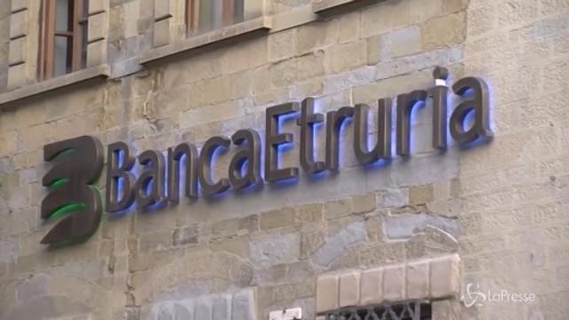 Banche, opposizioni all'attacco di Maria Elena Boschi