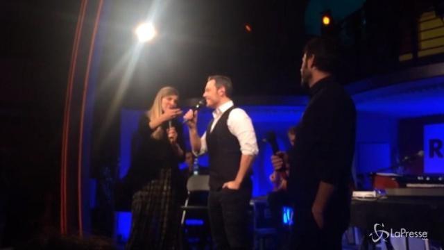 Tiziano Ferro, il concerto in diretta dagli studi di Radio 2