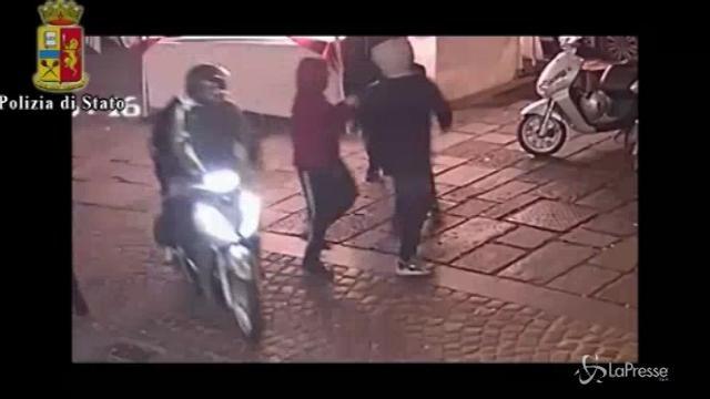 Napoli, la baby gang che ha accoltellato Arturo ripresa dalle telecamere