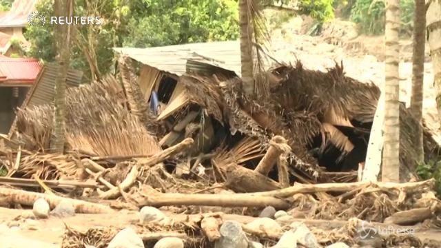 Filippine, la furia della tempesta tropicale Tembin
