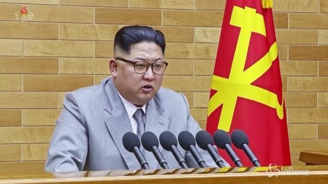 Olimpiadi, Seul accoglie la proposta del leader nordcoreano Kim Jong-un