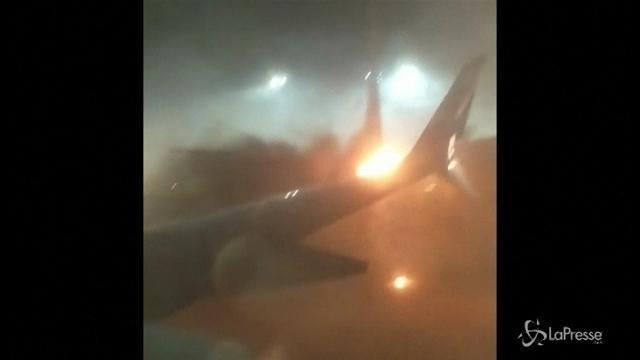 Canada: collisione tra due aerei a Toronto