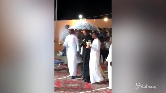 Nozze gay alla Mecca, il video conquista il web ma scatta l'arresto