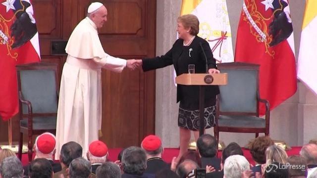 Cile, Papa Francesco parla al Palacio de La Moneda