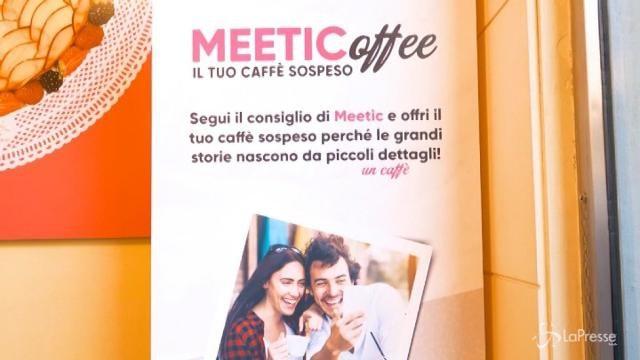 Milano, un caffè sospeso per incontrare l'anima gemella