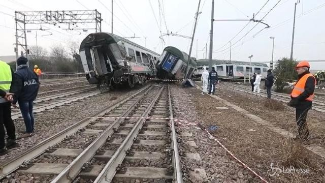 Treno deragliato: si indaga per disastro colposo