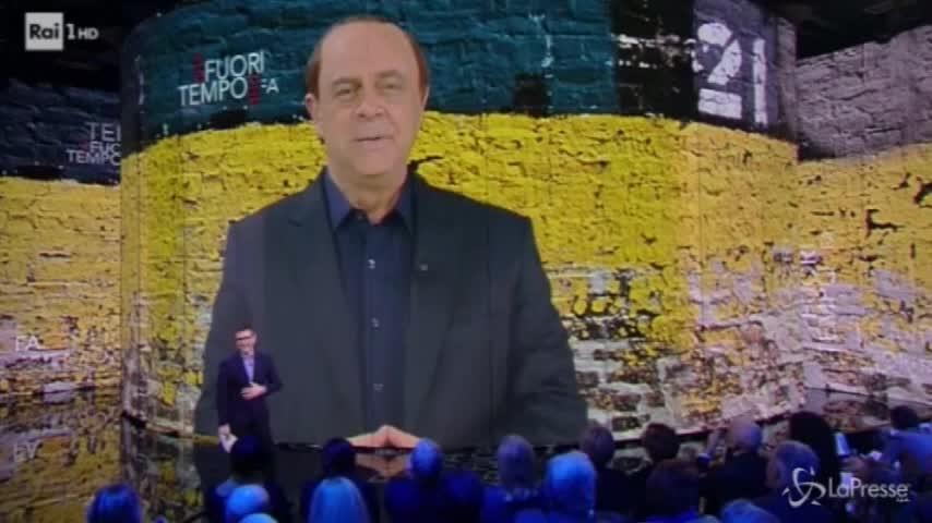 """Berlusconi, l'endorsement di Crozza: """"Chi deve governare l'Italia"""""""