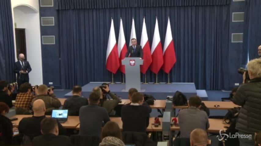 Polonia, il presidente Duda firma la legge sulla Shoah