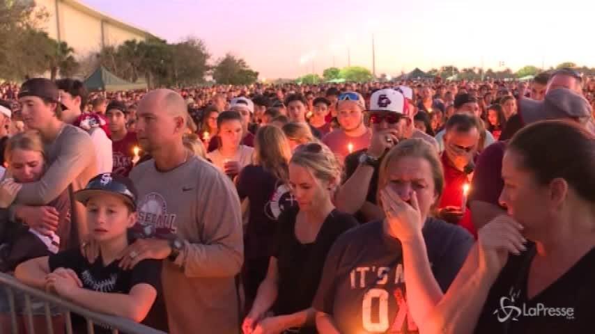 """""""Trump fai qualcosa"""": il grido di dolore della madre di una delle vittime della strage in Florida"""