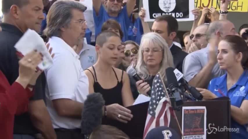 Dopo la strage, protesta in Florida contro le armi