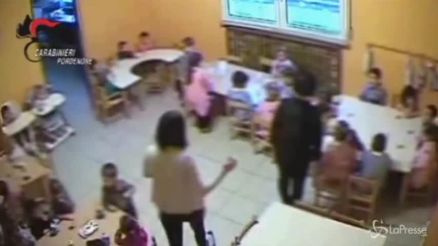 Pordenone: percosse e urla all'asilo, i video choc dei maltrattamenti