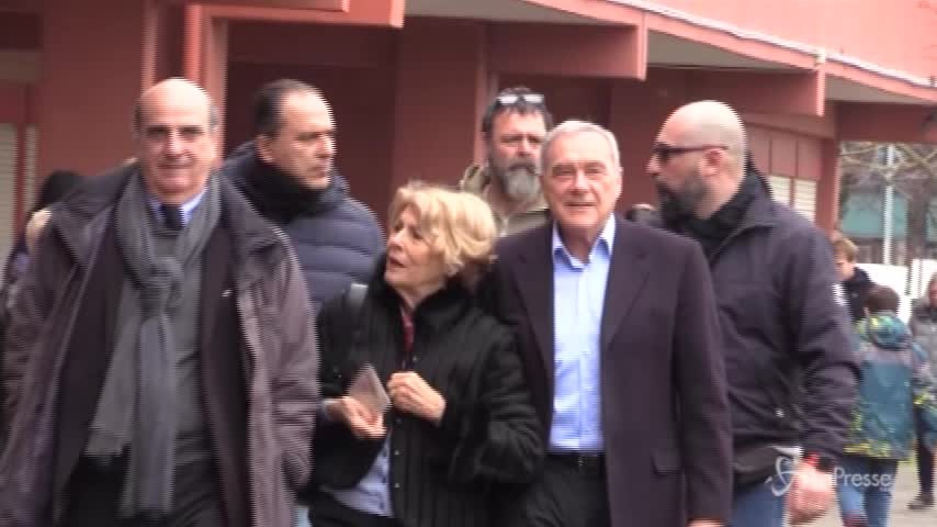 """Elezioni, Grasso: """"Spero che i ritardi nei seggi di Palermo non abbiano condizionato il voto"""""""