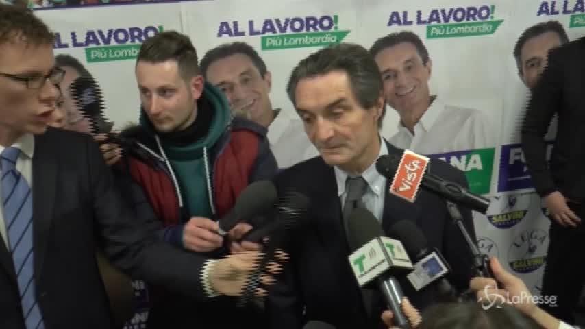 """Lombardia, Fontana ai giornalisti: """"Aspettate mi sta chiamando Gori"""""""