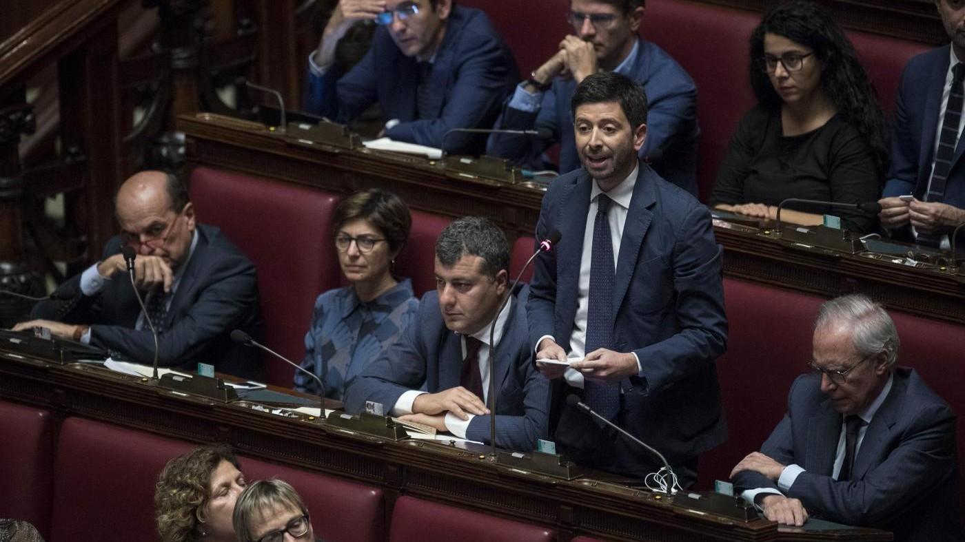 """Legge elettorale, Speranza a Gentiloni: """"Si eviti nuova violenza al Parlamento"""""""
