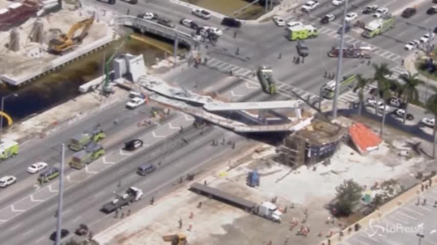Miami, crolla ponte pedonale: diverse vittime