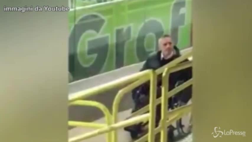 Foggia, si finge invalido per entrare allo stadio