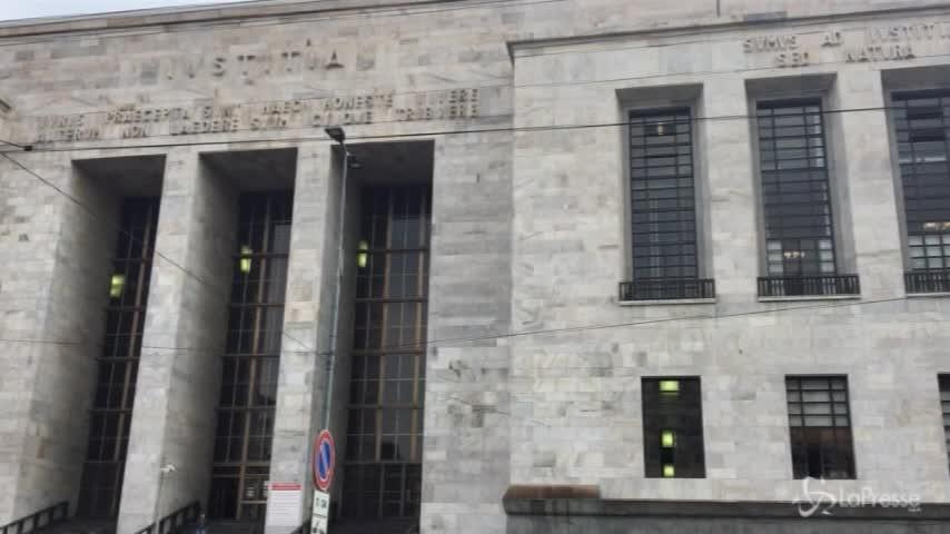 Vendita Milan, la procura di Milano apre un fascicolo