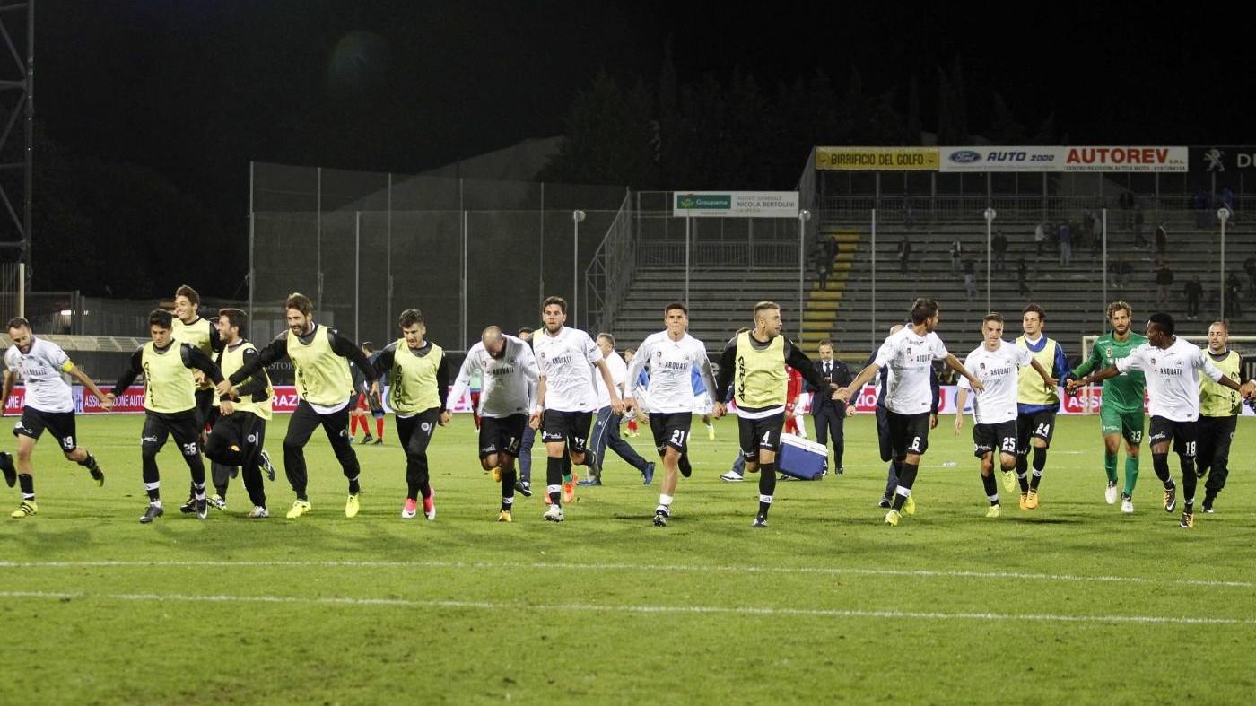 Serie B – Stop per Carpi e Perugia, Frosinone in vetta