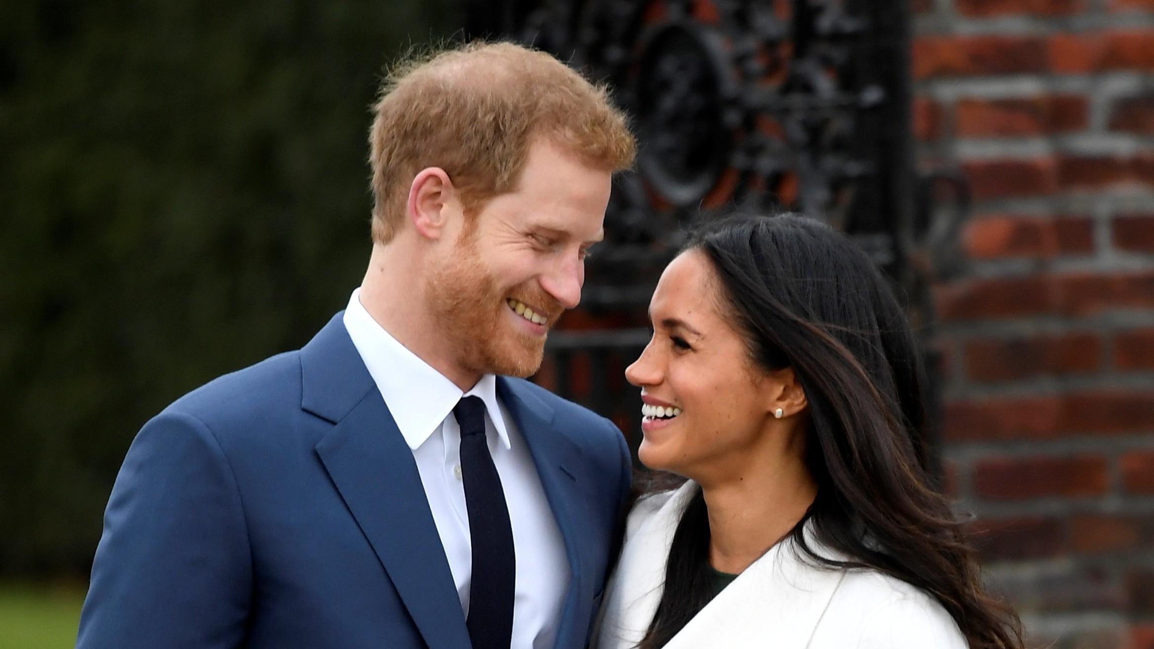 """Regno Unito, il principe Harry sposerà Meghan Markle. """"Commenti sulla razza deprimenti"""""""