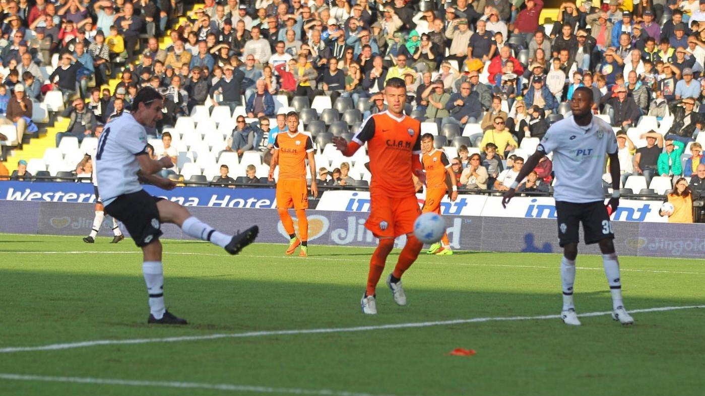 Serie B, Cesena-Ascoli 0-2