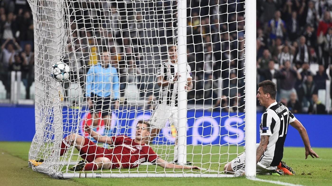 Champions, Higuain si sblocca: Juve-Olympiakos 2-0 / Il fotoracconto