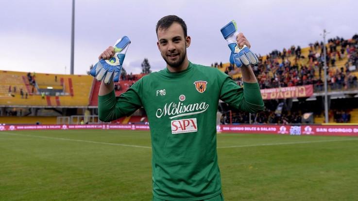 Benevento, Brignoli è l'eroe del giorno: tutti i meme sui social