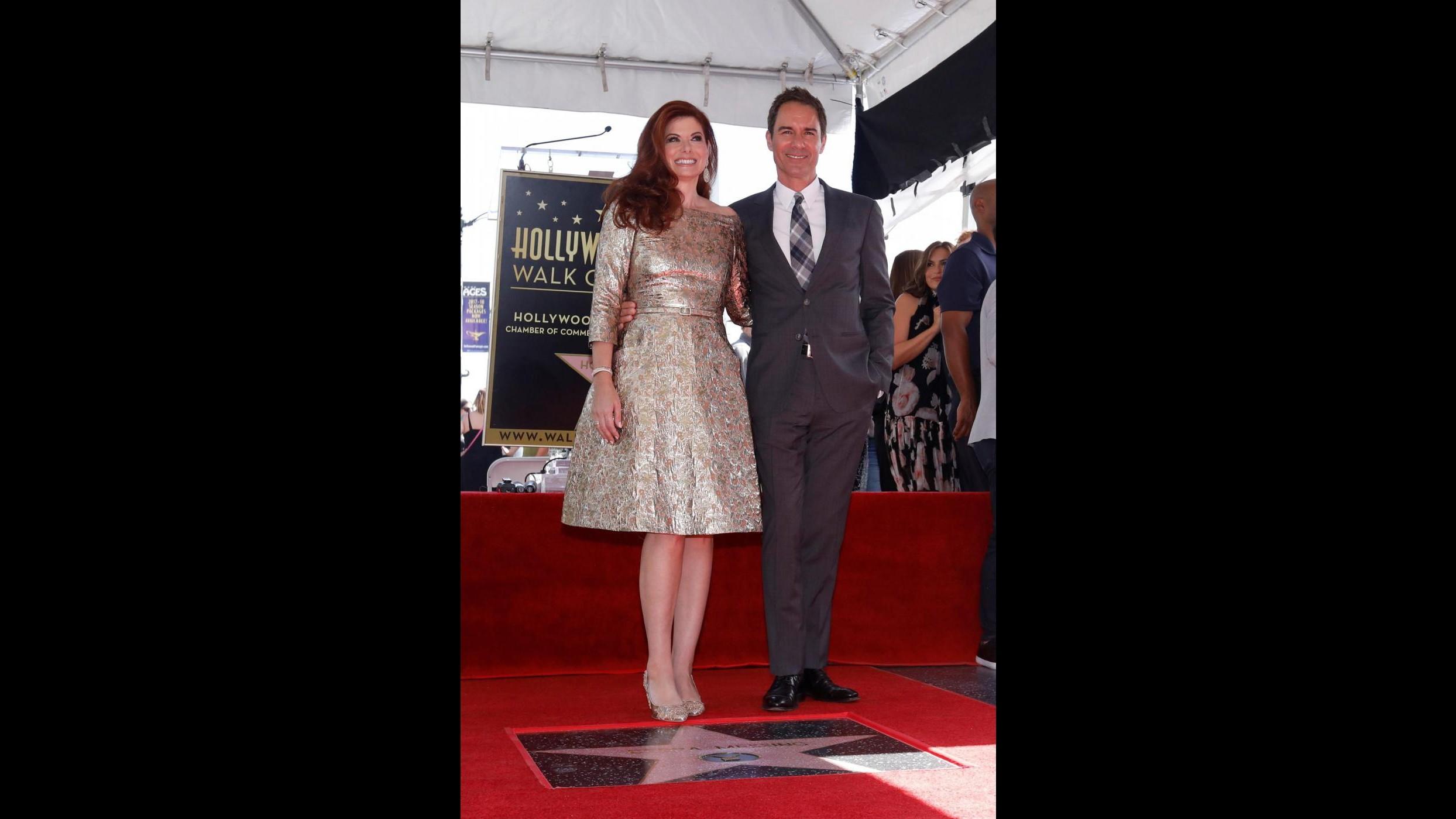 Una stella per Debra Messing: la star di Will e Grace è sulla Walk of Fame
