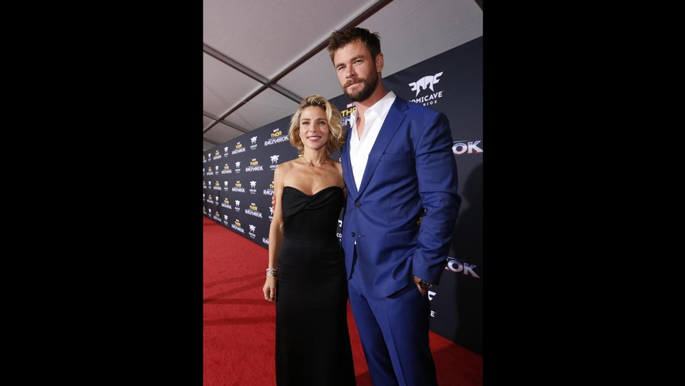 Chris Hemsworth e la moglie Elsa Pataky ©LaPresse/Reuters