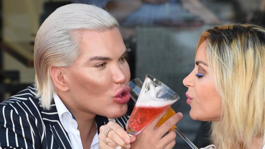 Pomeriggio romantico per Rodrigo Alves: il Ken umano ha trovato la sua Barbie?