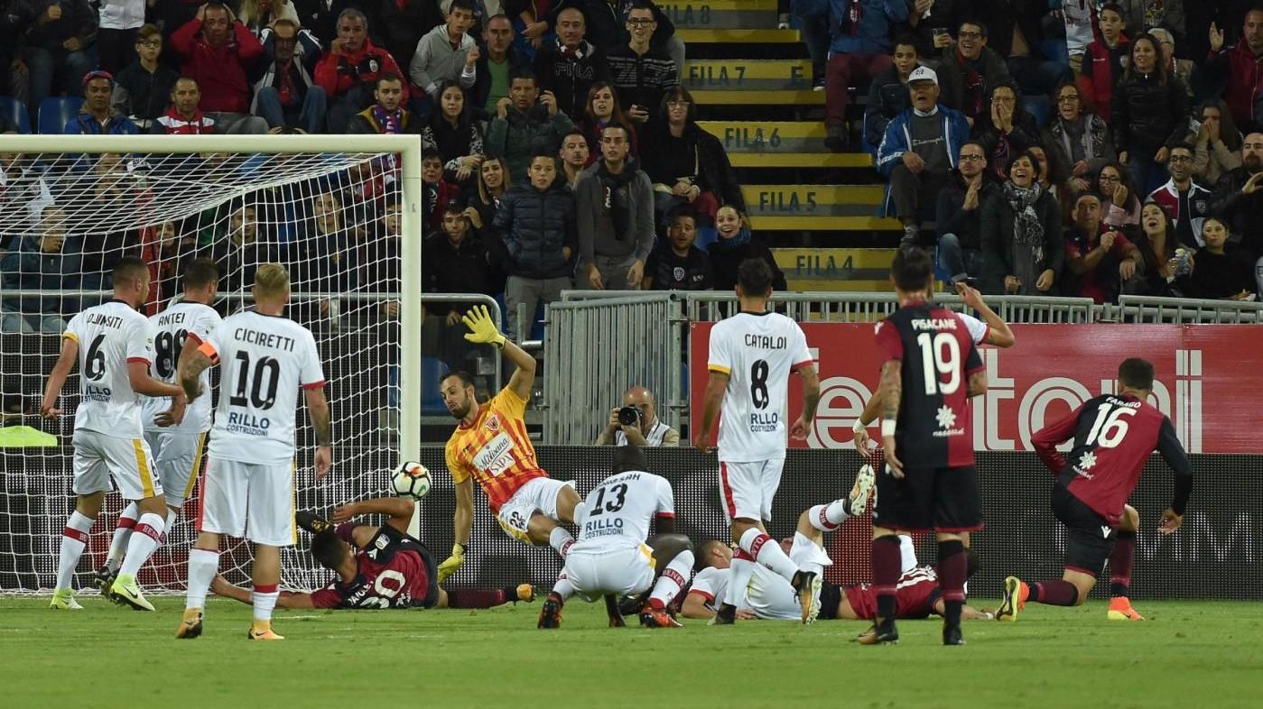 Serie A, Cagliari-Benevento 2-1: emozioni al 90′