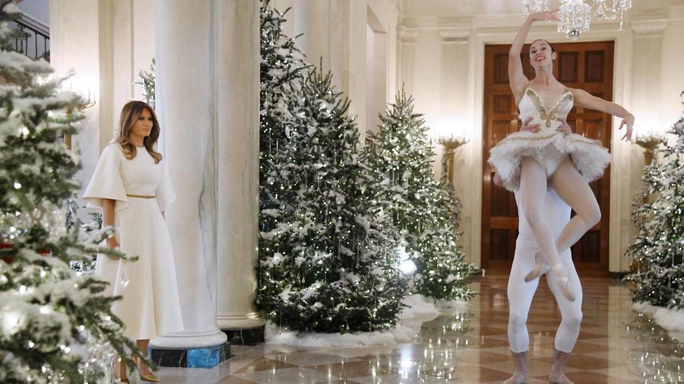 Melania Trump, angelo del Natale tra i bambini
