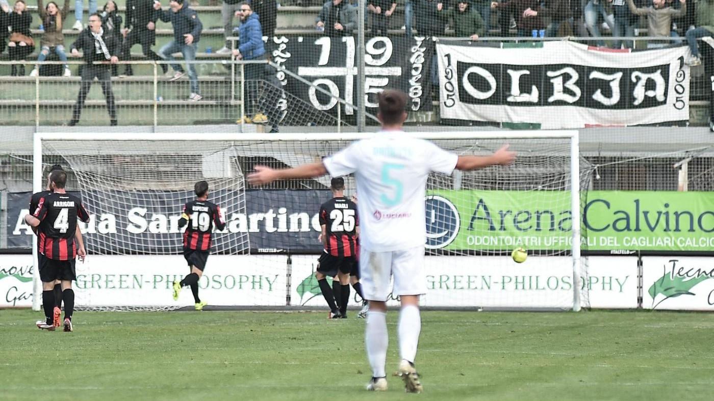 Lega Pro, Olbia-Lucchese 1-1: il fotoracconto