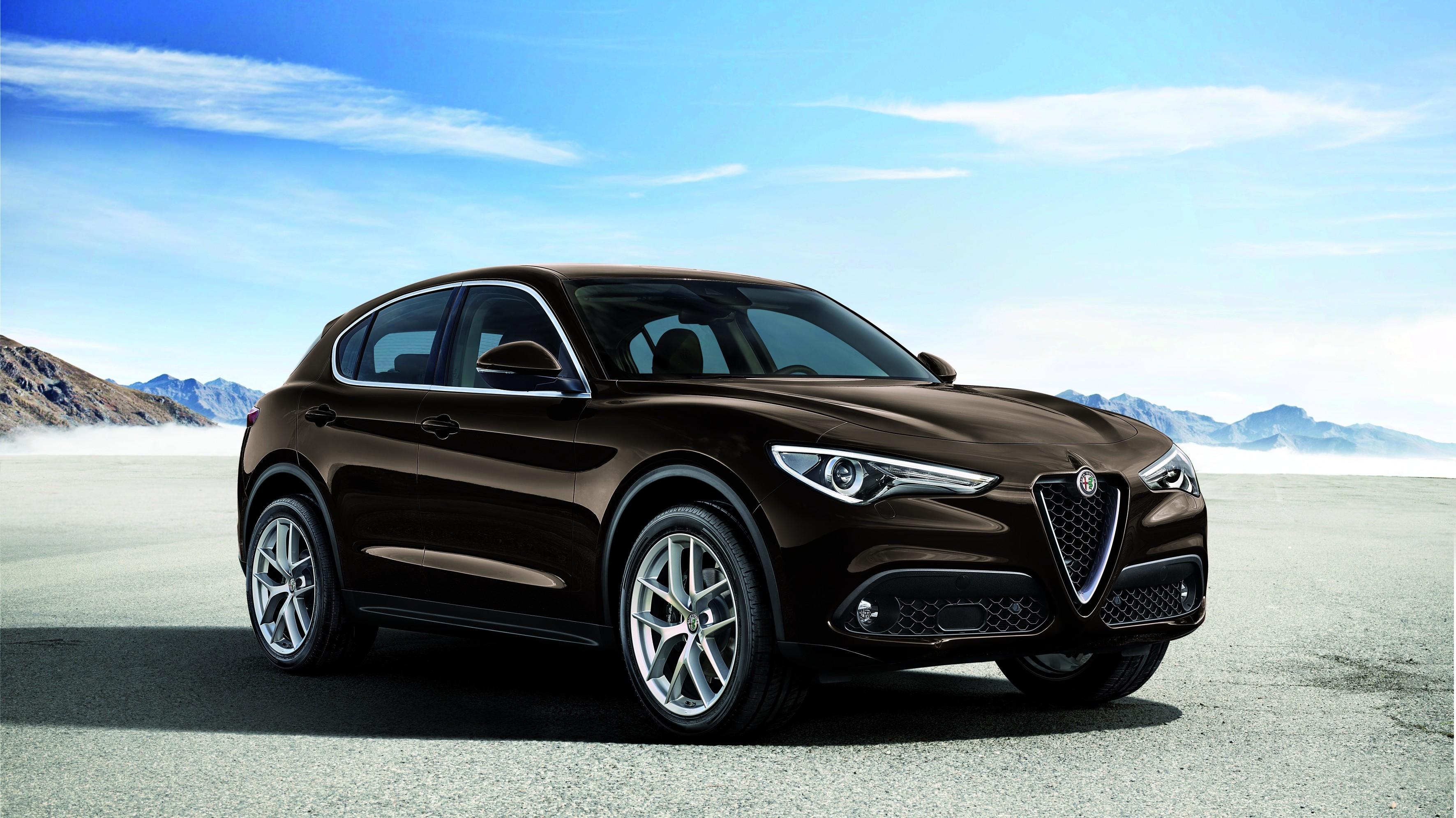 Alfa Romeo, al via gli ordini della Stelvio Turbodiesel Q4