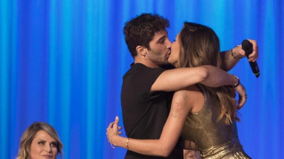 Andrea Iannone e Belen Rodriguez, due anni d'amore