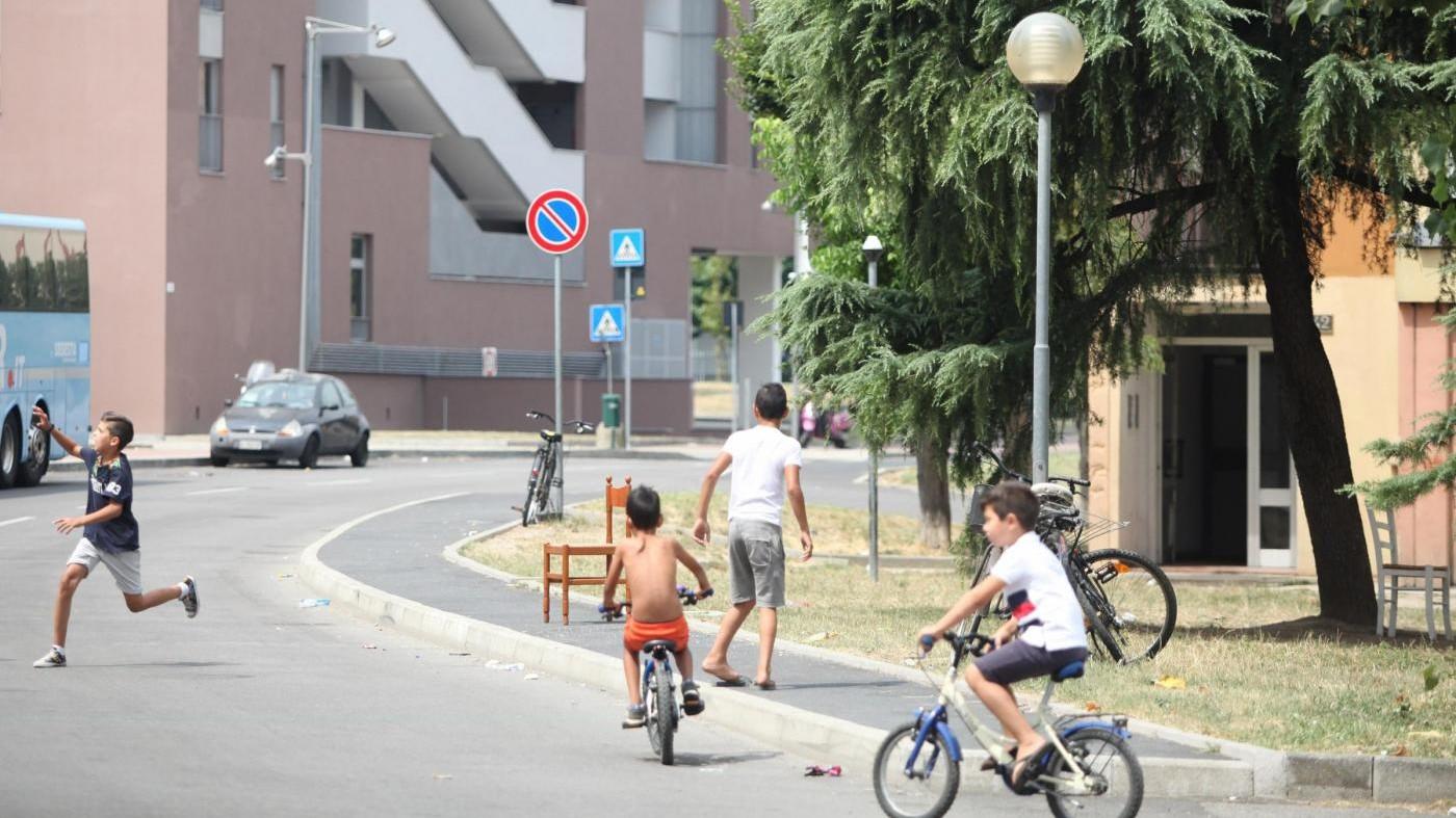 Milano, case popolari: Degrado e topi 'padroni' di via Grigna