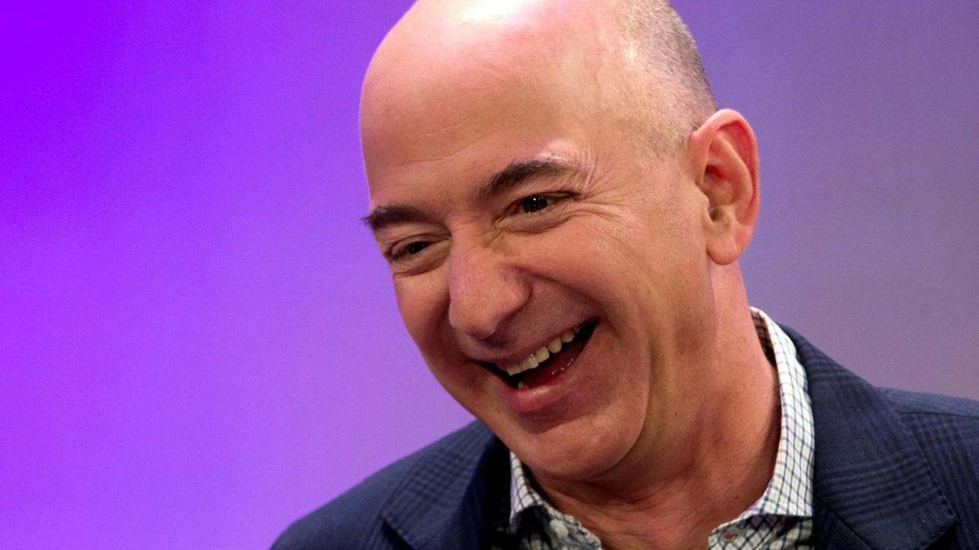 Ceo di Amazon Bezos supera Bill Gates: è il più ricco del mondo