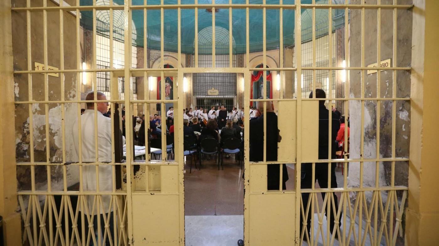 """Rebibbia, suicidio in carcere. Antigone: """"Solo 3mq a detenuto"""""""