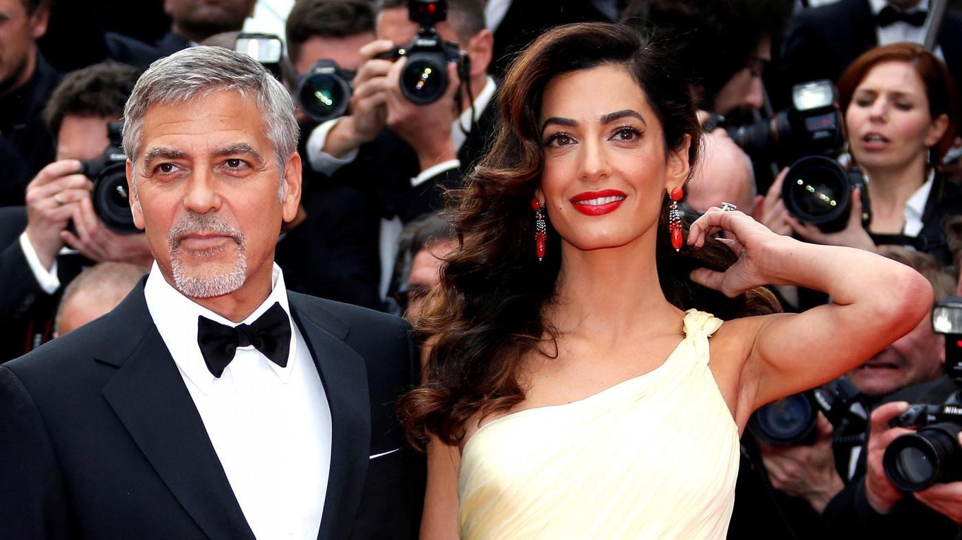 Pubblicò foto dei gemelli Clooney: George fa causa alla rivista Voici