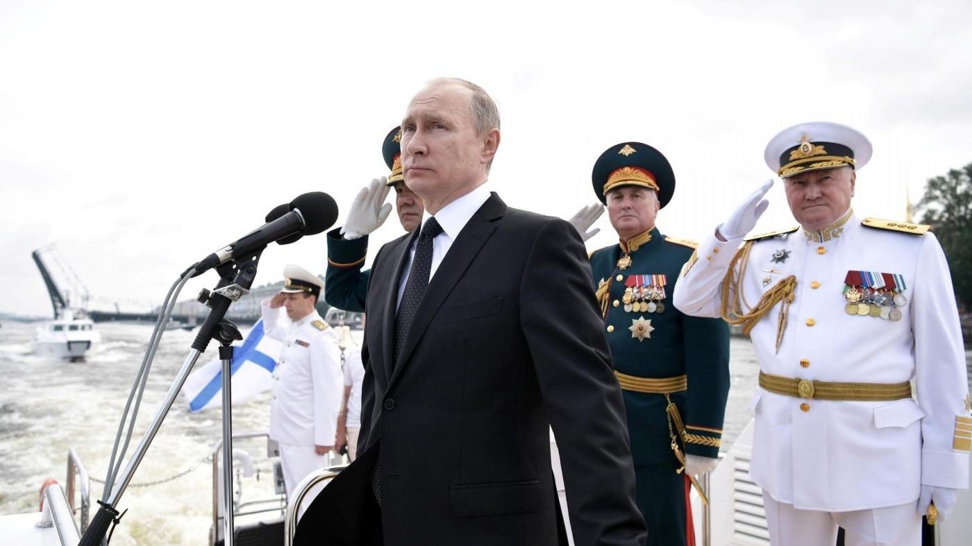 """Putin risponde a Trump: """"755 americani lasceranno la Russia"""""""