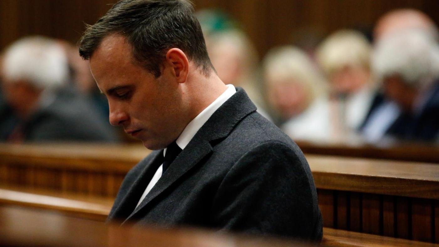 Dolore al petto per Pistorius: l'ex atleta trasferito in ospedale