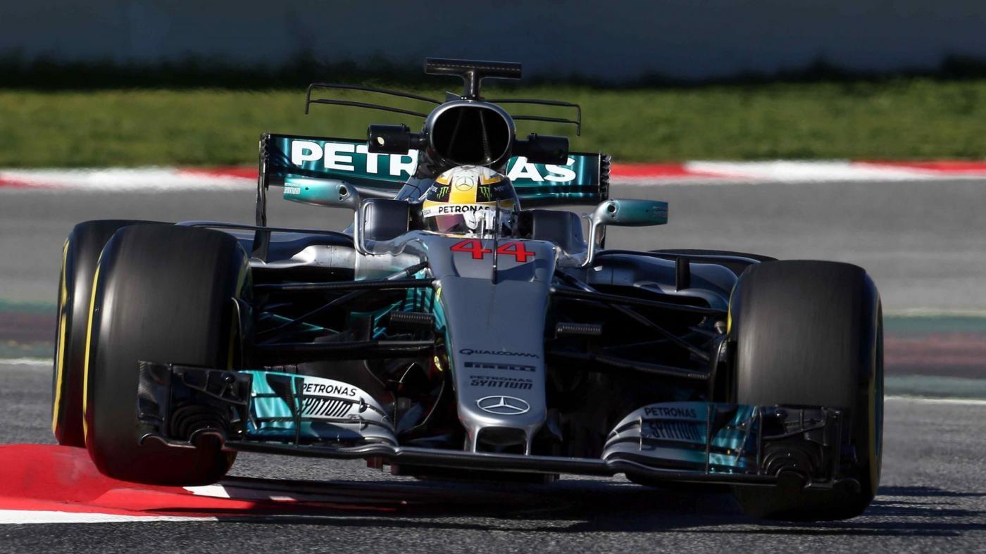 Gp Spagna, Hamilton domina le prime libere. Raikkonen terzo davanti a Vettel