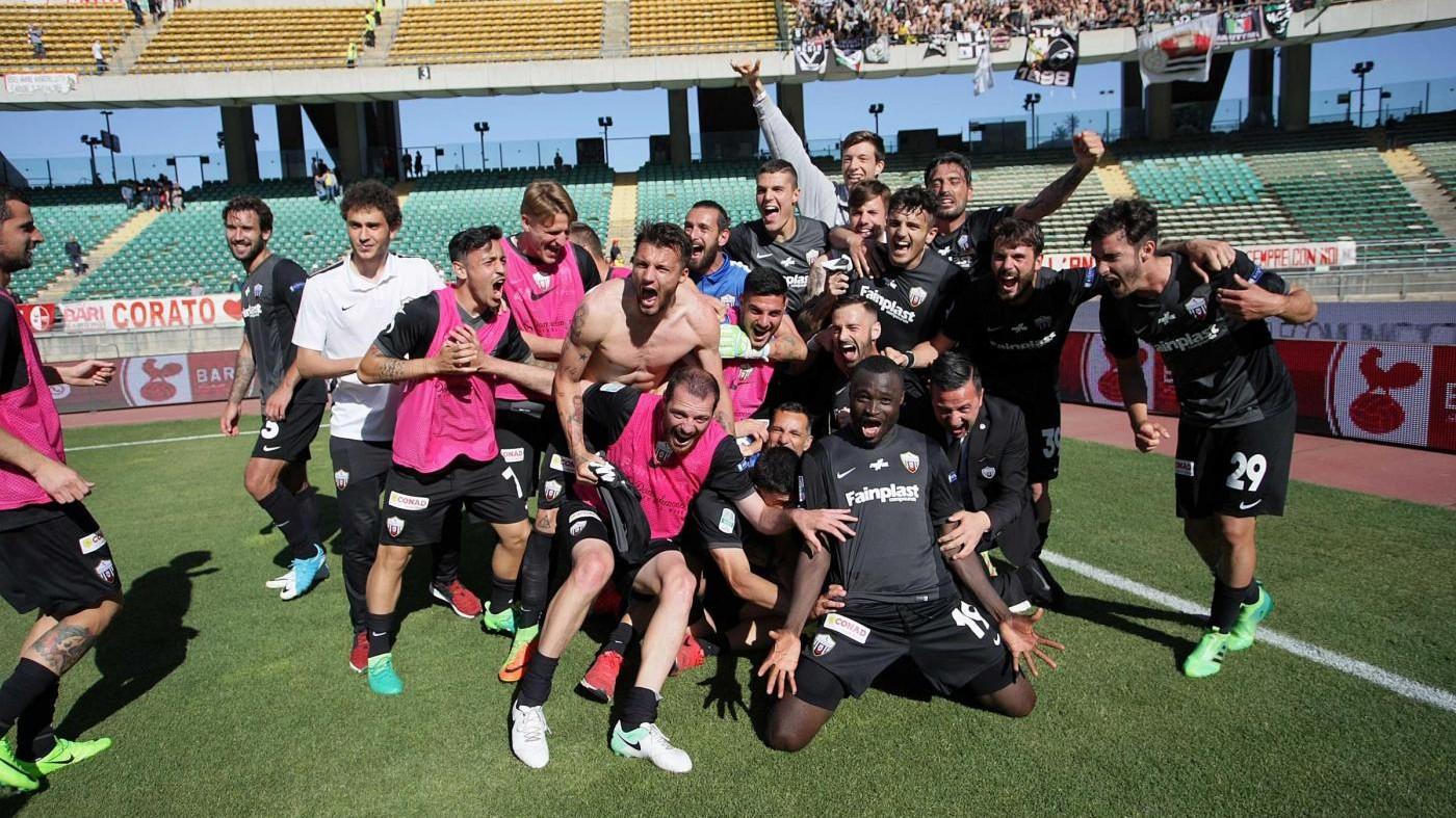 Serie B, Bari-Ascoli 0-1 nel posticipo