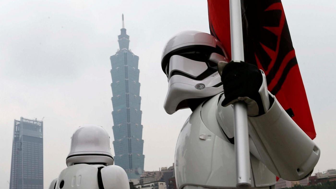 FOTO Star Wars Day, fan impazziti a Taipei