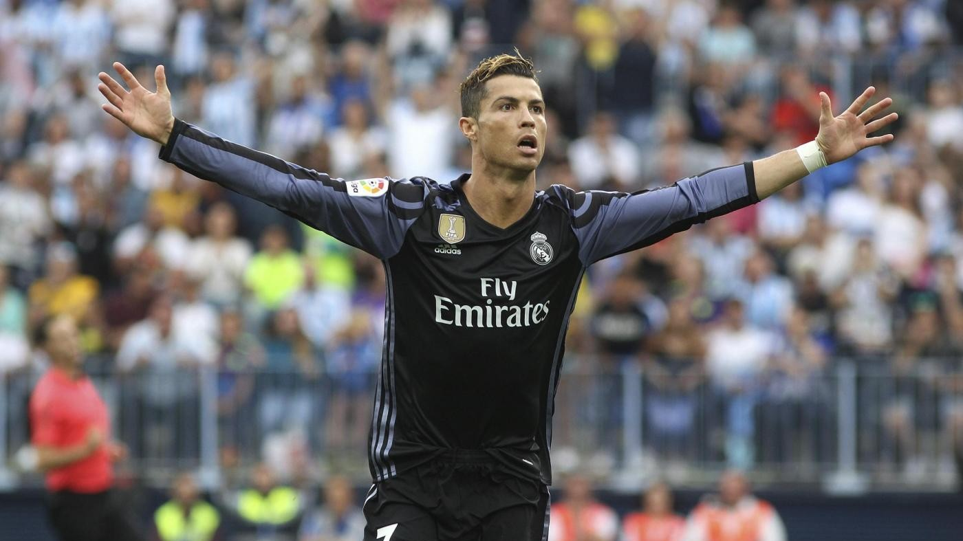 Liga, Real Madrid batte Malaga e si laurea campione: Barça secondo
